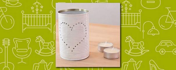 une lanterne réalisée à partir d'une boîte de conserve 100% recyclée